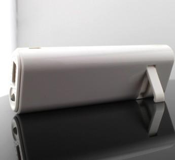 Power bank универсальный с фонариком, аудио динамик и кнопка управления вспышкой телефона, блютуз 5