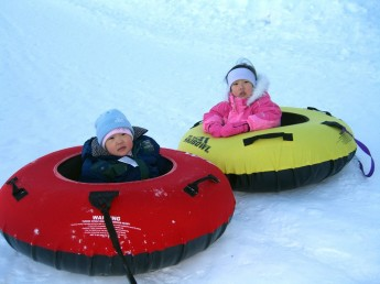 2015-inflatable-snow-tube (1)