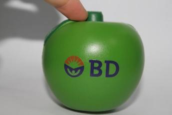 Антистресс в форме яблока, цвет по палитре Pantone, печать логотипа