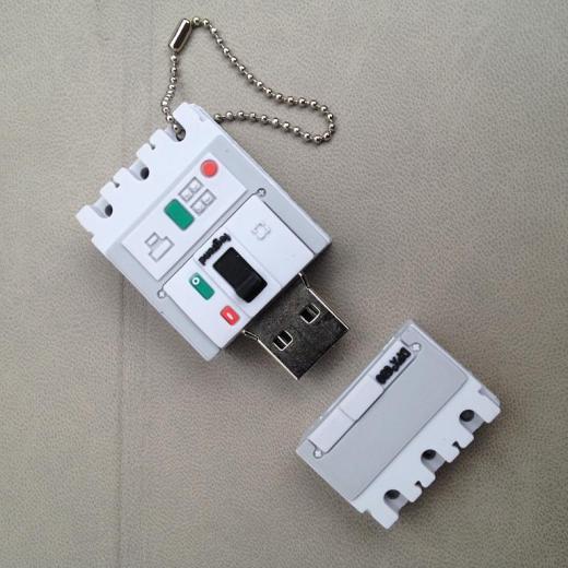 USB флэщка по индивидуальному дизайну Фото 1