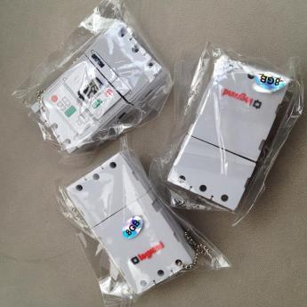 USB флэщка по индивидуальному дизайну Фото 12