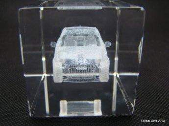 кристалл с 3д гравировкой AuQ5