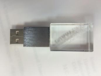 USB flash кристал с 3D лазерной гравировкой внутри фото 10