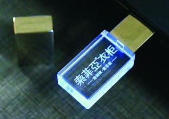 USB flash кристал с 3D лазерной гравировкой внутри фото 5