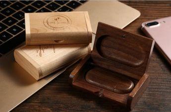 флешка в деревянном корпусе в деревянном футляре Фото 2