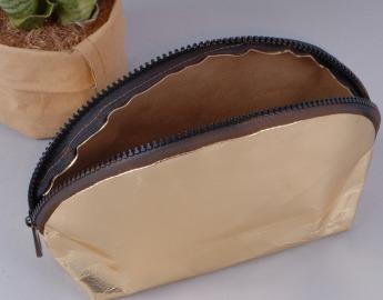 Непромокаемая бумажная косметичка с золотым покрытием Фото 6