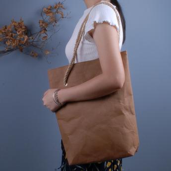 Непромокаемая бумажная сумка с веревочными ручками Фото 1