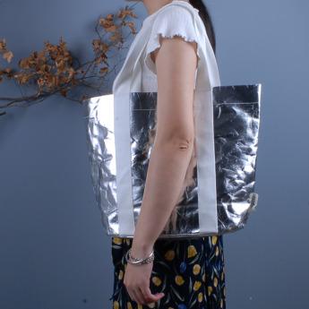 Непромокаемая бумажная сумка с тканевыми ручками Фото 13