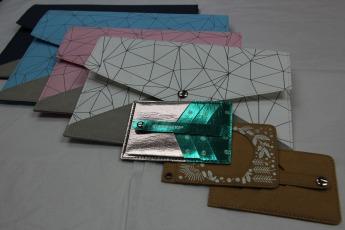 Непромокаемый бумажный кардхолдер Фото 4