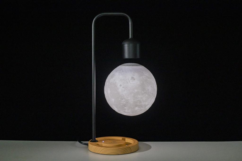 Светильник левитирующая луна